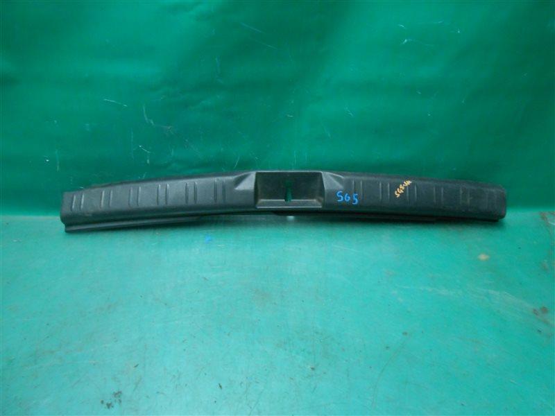 Пластик замка багажника Subaru Forester Kross Sports SG5 EJ205 2004