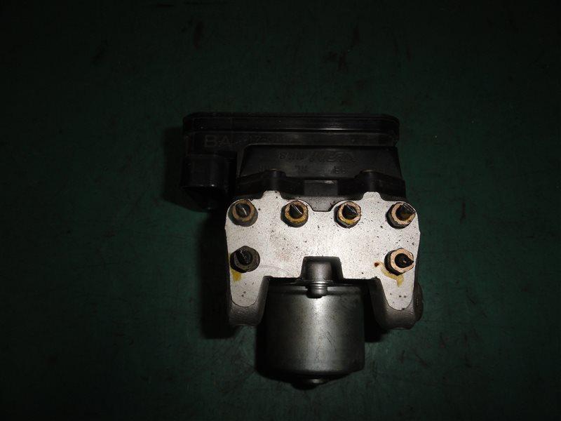 Блок abs Honda Civic Ferio ES3 D17A 2004