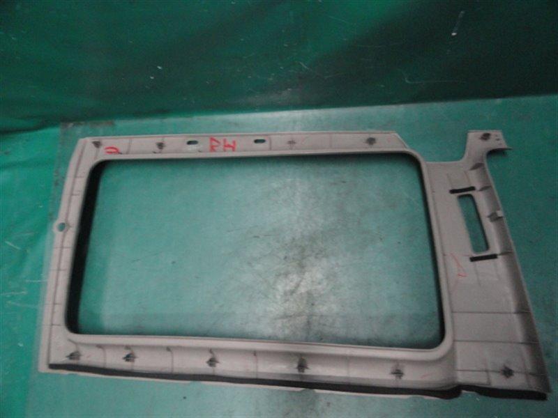Накладка на стойку кузова Honda Stepwgn RF1 B20B 1998 правая