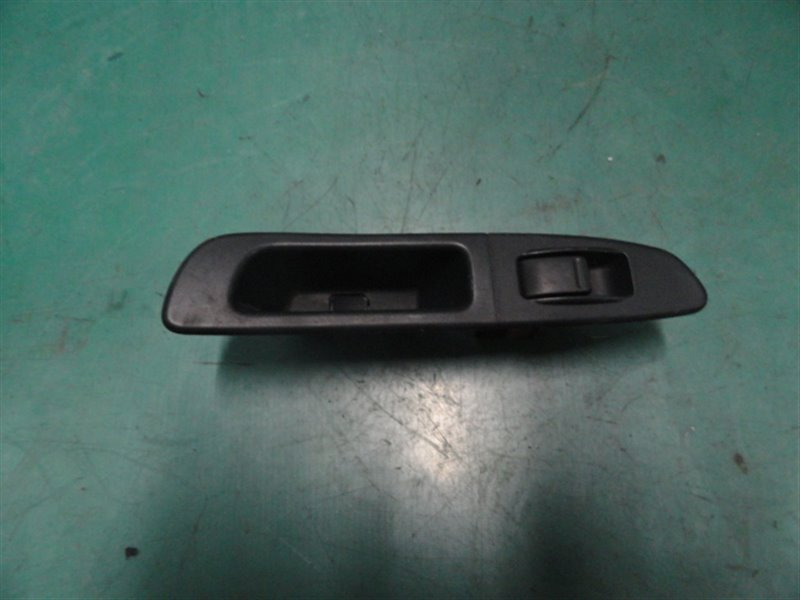 Кнопка стеклоподъёмника Subaru Impreza GG2 EJ152 2005 задняя левая