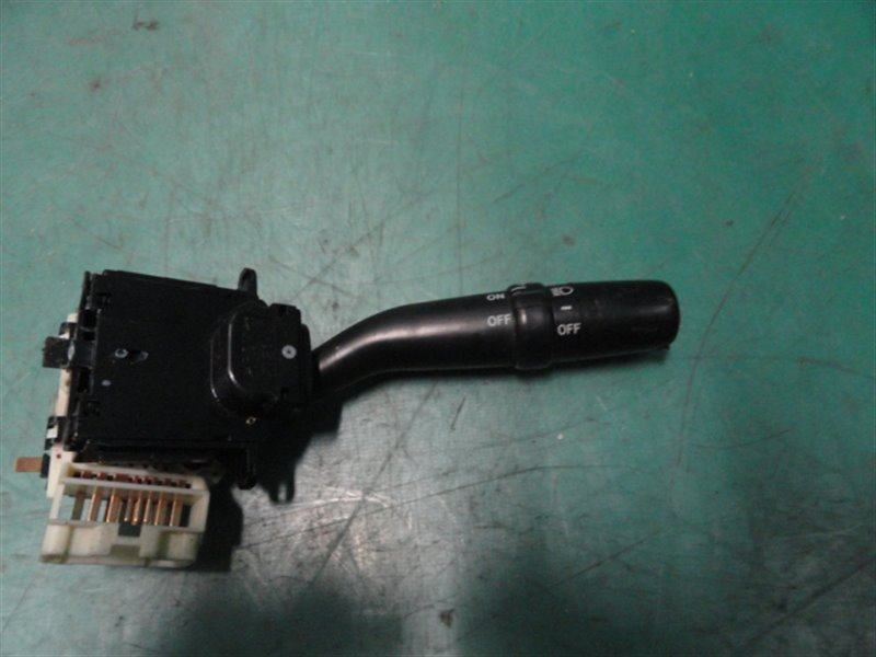 Переключатель поворотников и света Toyota Mark Ii JZX100 1JZ-GE 1998