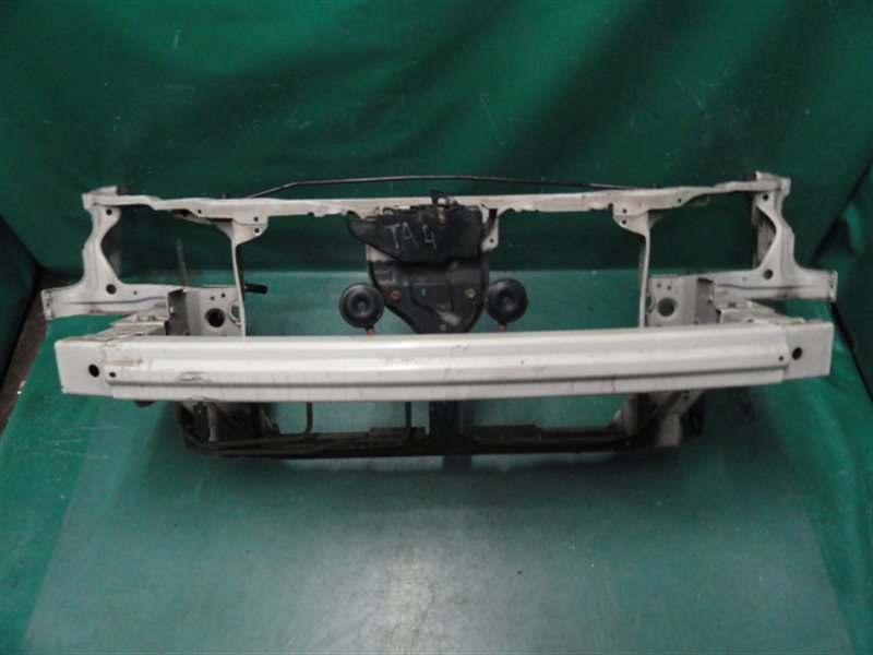Рамка радиатора Honda Avancier TA4 J30A 2001