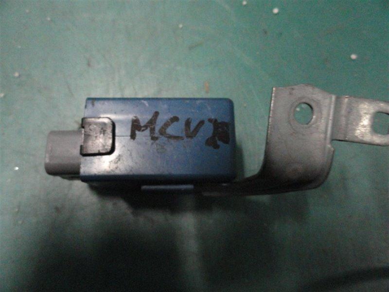 Блок управления дверьми Toyota Windom MCV20 1MZ-FE 2000