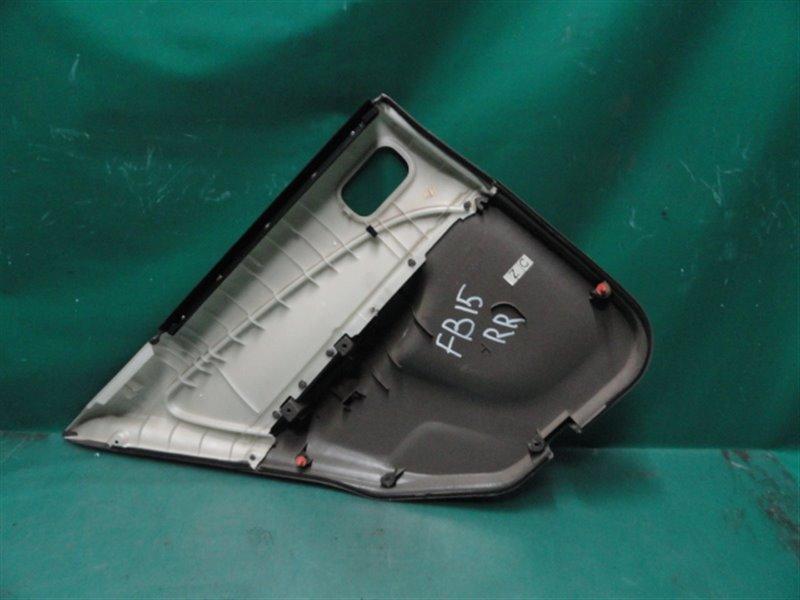 Обшивка двери Nissan Sunny B15 FB15 QG15 2002 задняя правая