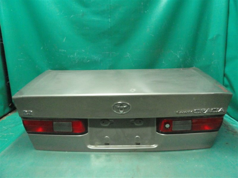 Крышка багажника Toyota Camry Gracia SXV20 5S-FE 1999
