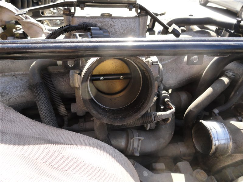 Дроссельная заслонка Subaru Forester SG5 EJ205 2005