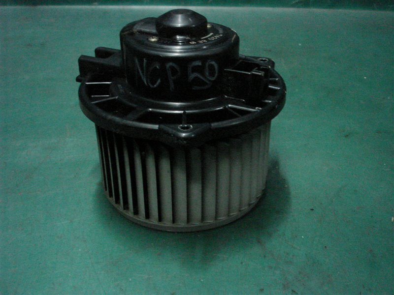 Мотор печки Toyota Probox NCP50 2NZ-FE 2003