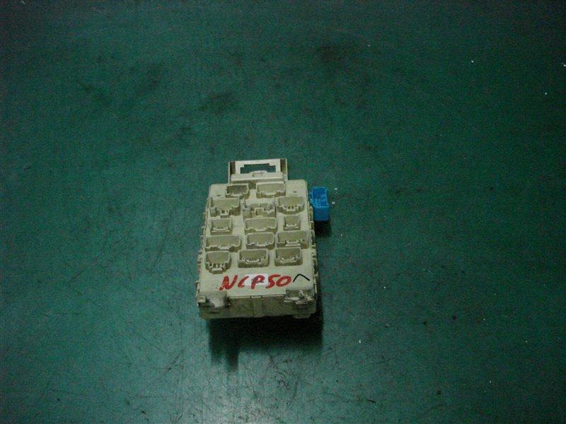 Блок предохранителей салона Toyota Probox NCP50 2NZ-FE 2003