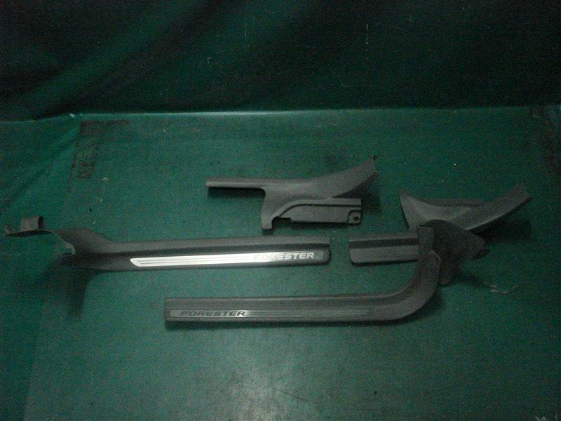 Порожек пластиковый Subaru Forester SG5 EJ205 2005