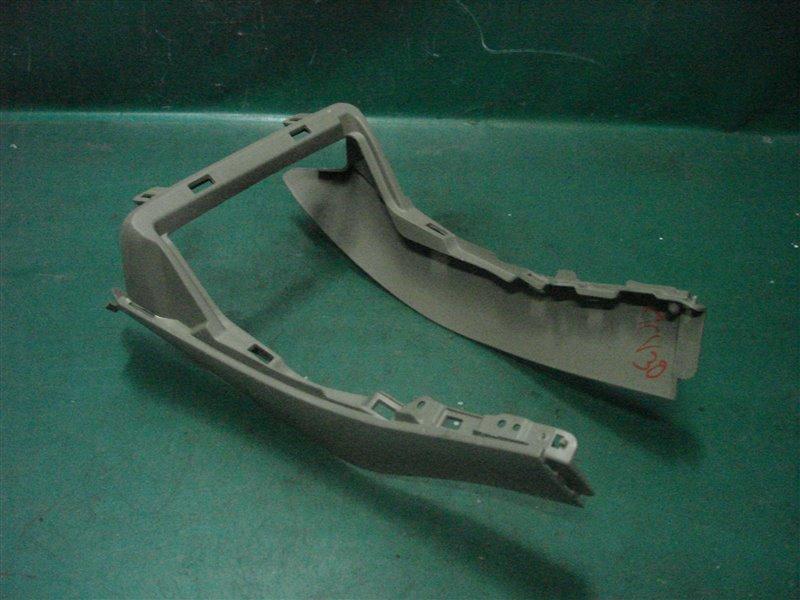 Консоль между сидений Toyota Camry ACV30 2AZ-FE 2003