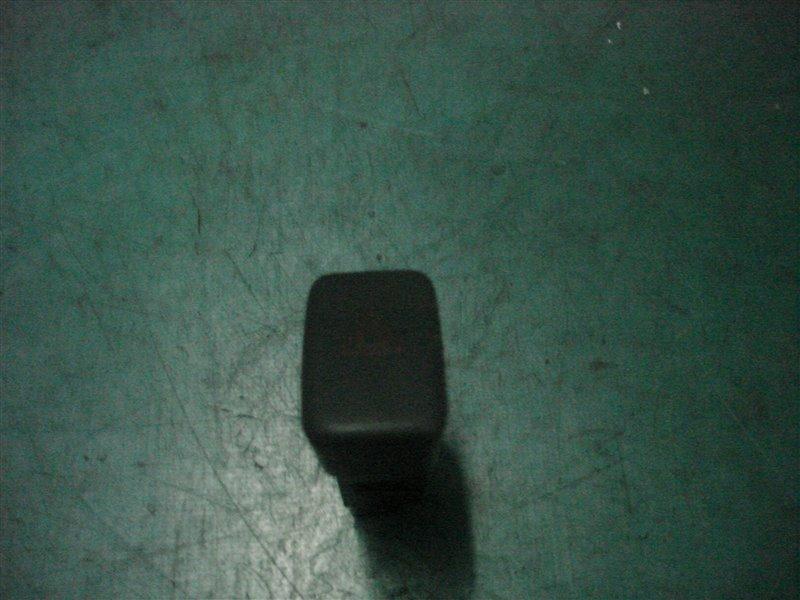 Кнопка аварийной сигнализации Toyota Camry Gracia SXV20 5S-FE 1999