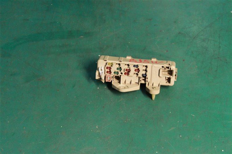 Блок предохранителей салона Mazda Familia BJ5W ZLVE 2001