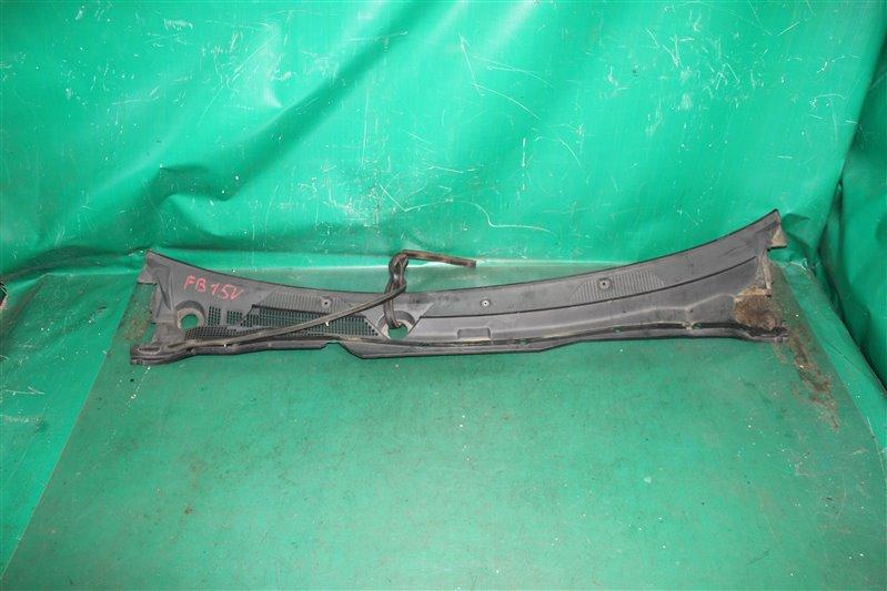 Решетка под лобовое стекло Nissan Sunny B15 FB15 QG15 2001