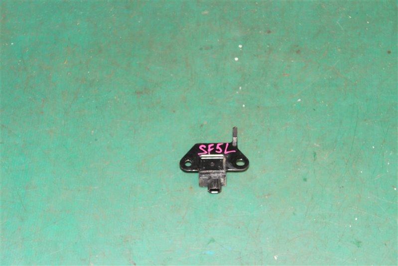 Датчик удара Subaru Forester SF5 EJ201 2001 левый