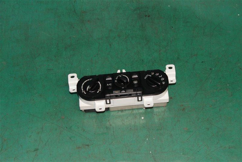 Блок управления климат-контролем Mazda Familia BJ5W ZLVE 2001