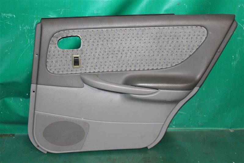 Обшивка двери Mazda Capella GF8P FPDE 2001 задняя правая