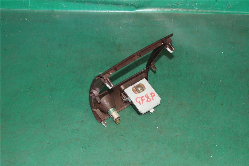 Консоль магнитофона Mazda Capella GF8P FPDE 2001