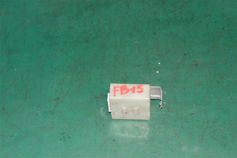 Блок управления дверьми Nissan Sunny B15 FB15 QG15 2001