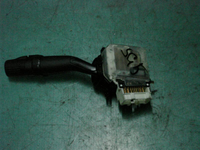 Переключатель поворотников и света Subaru Forester SG5 EJ205 2005