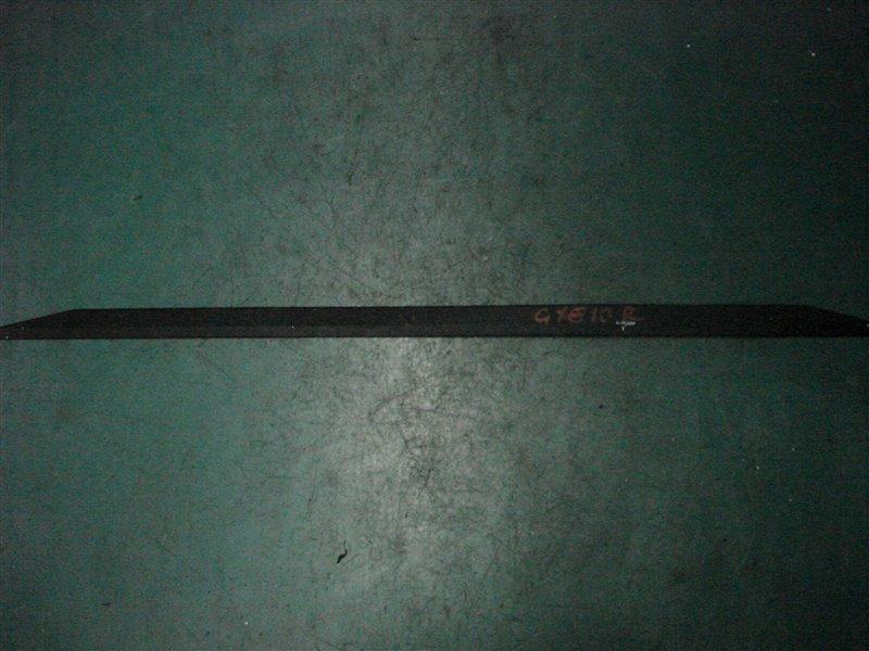 Молдинг лобового стекла Toyota Altezza GXE10 1G-FE 2001 правый