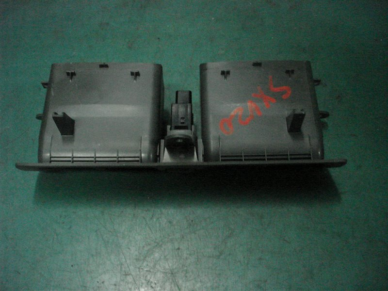 Решетка воздухозаборника Toyota Camry Gracia SXV20 5S-FE 1999