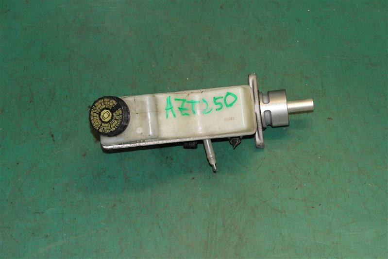 Главный тормозной цилиндр Toyota Avensis AZT250 1AZ-FSE 2006