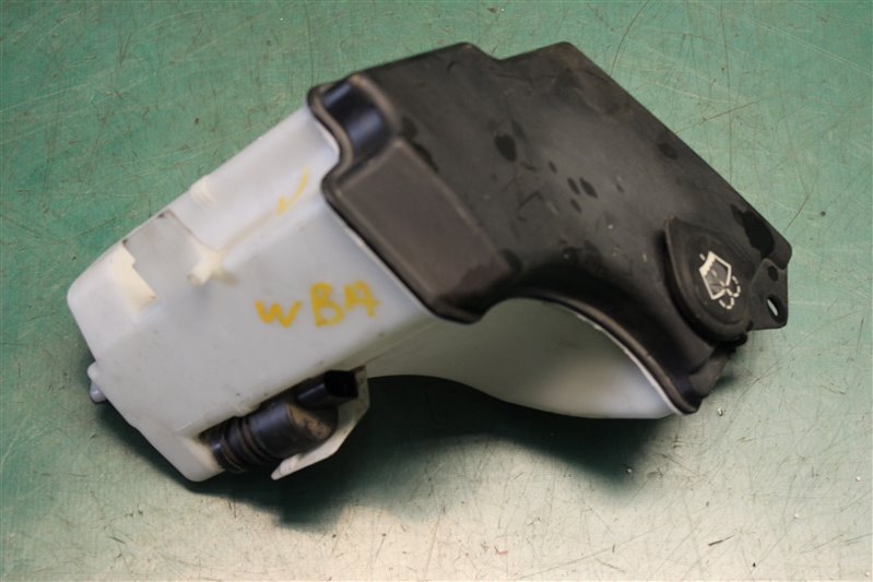 Бачок омывателя Bmw 3-Series 318I E46 N42 (2000CC/105KW) 08.01.2002