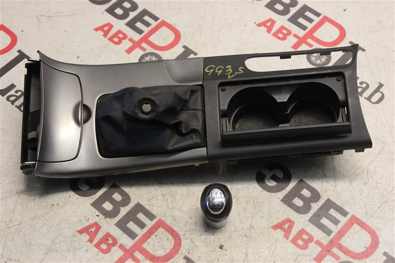 Консоль между сидений Mazda Atenza Sport GG3S L3 2004