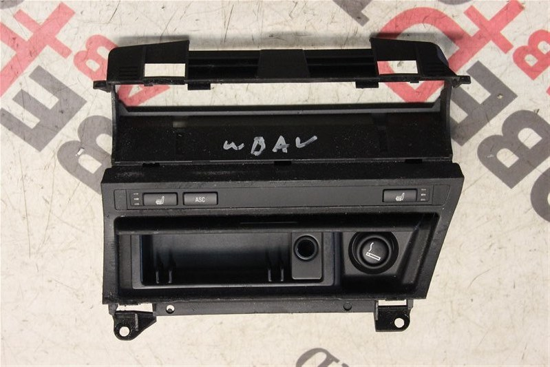 Подогрев сидений Bmw 3-Series 318I E46 N42 (2000CC/105KW) 08.01.2002