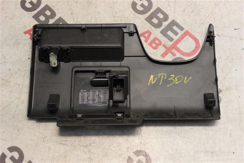 Пластик салона Nissan X-Trail NT30 QR20(DE) 2002