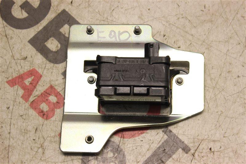 Датчик ускорения Bmw 3-Series 323I E90 N52B25A 2008