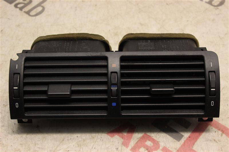 Решетка воздухозаборника Bmw 3-Series 320I E46 M54B22 2004