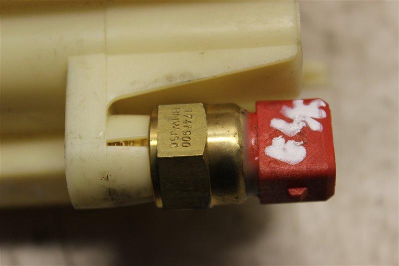 Датчик температуры Bmw 3-Series 320I E46 M54B22 2004