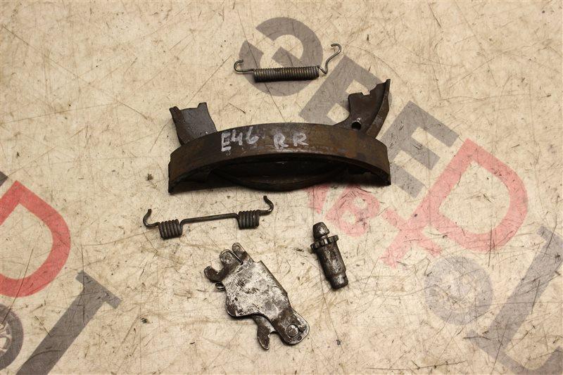 Тормозные колодки Bmw 3-Series 320I E46 M54B22 2004 заднее правое