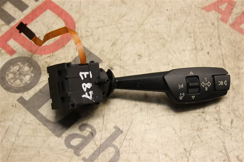 Подрулевой переключатель Bmw 1 Series E87 N45B16 2007