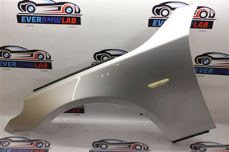Крыло Bmw 5 Series 525I E61 M54B25 (256S5) 04/2004 переднее левое