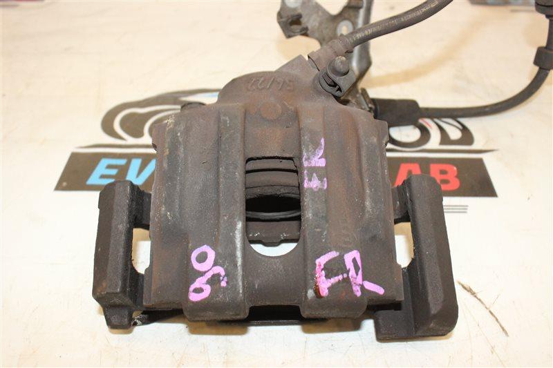 Суппорт Bmw 3-Series 320I E 90 N46B20B 07|2007 передний правый