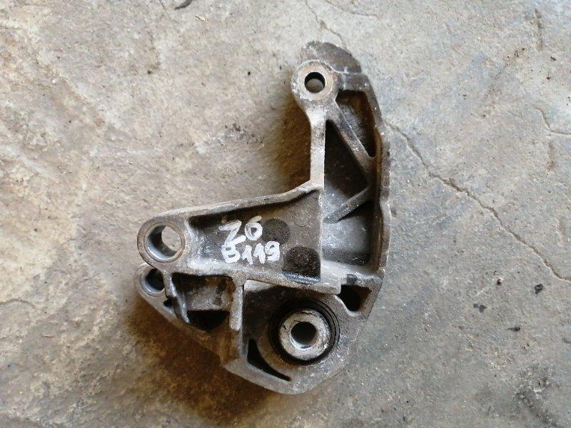 Кронштейн мкпп серьга Mazda 3 BK Z6 2004 (б/у)