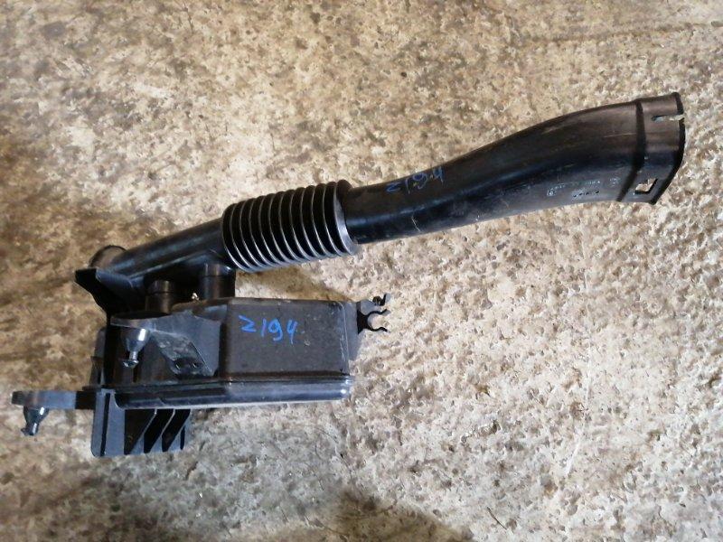 Резонатор воздушного фильтра Mazda 3 BK Z6 2005 (б/у)