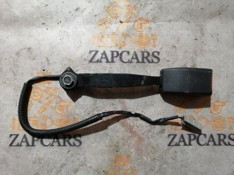 Ответная часть ремня безопасности Mazda 3 BL Z6 2009 правая (б/у)