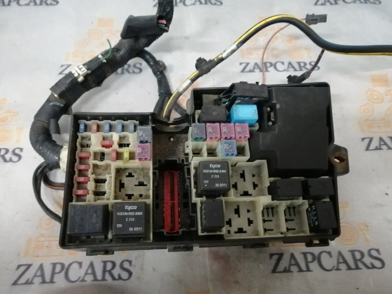 Блок предохранителей Mazda 3 BK LF 2006 (б/у)