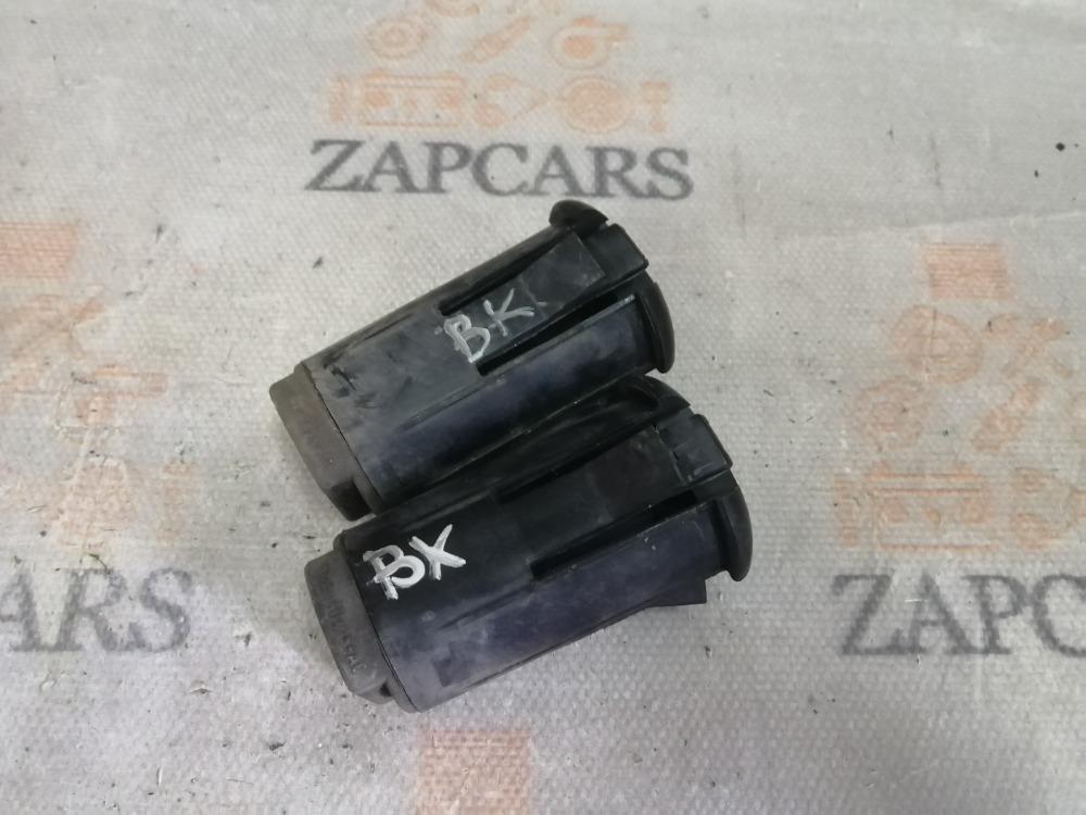 Крепление радиатора Mazda 3 BK (б/у)