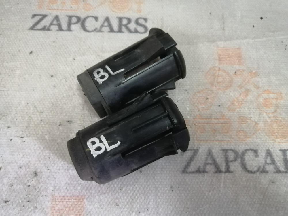 Крепление радиатора Mazda 3 BL (б/у)