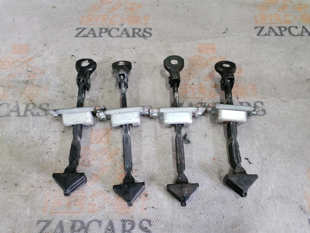 Ограничители дверей Mazda 3 BK Z6 2008 (б/у)