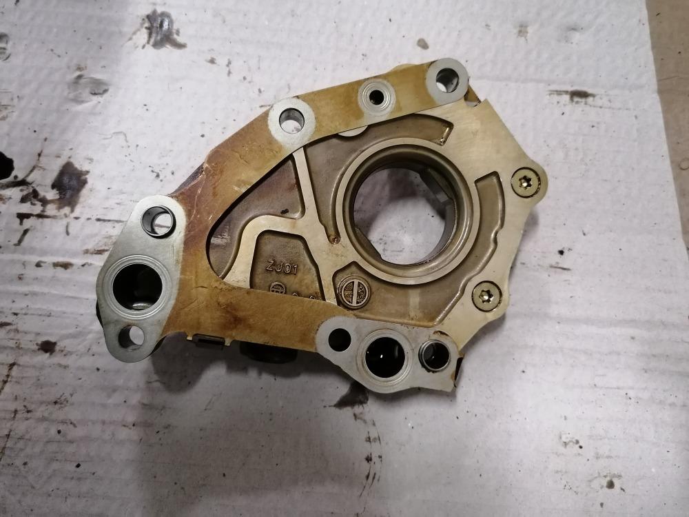 Масляный насос Mazda 3 BK Z6 2008 (б/у)