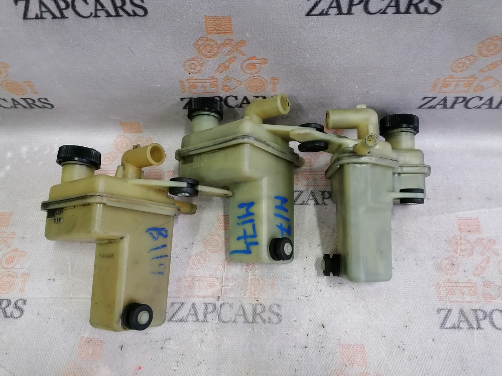 Бачок гидроусилителя Mazda 3 BK 1.6 (б/у)