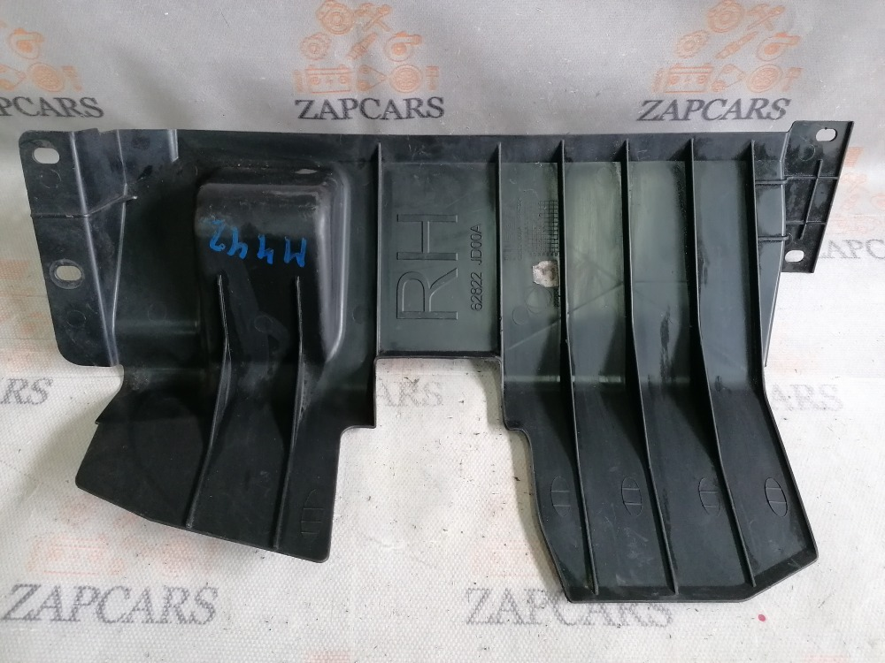 Дефлектор радиатора Nissan Qashqai J10 правый (б/у)
