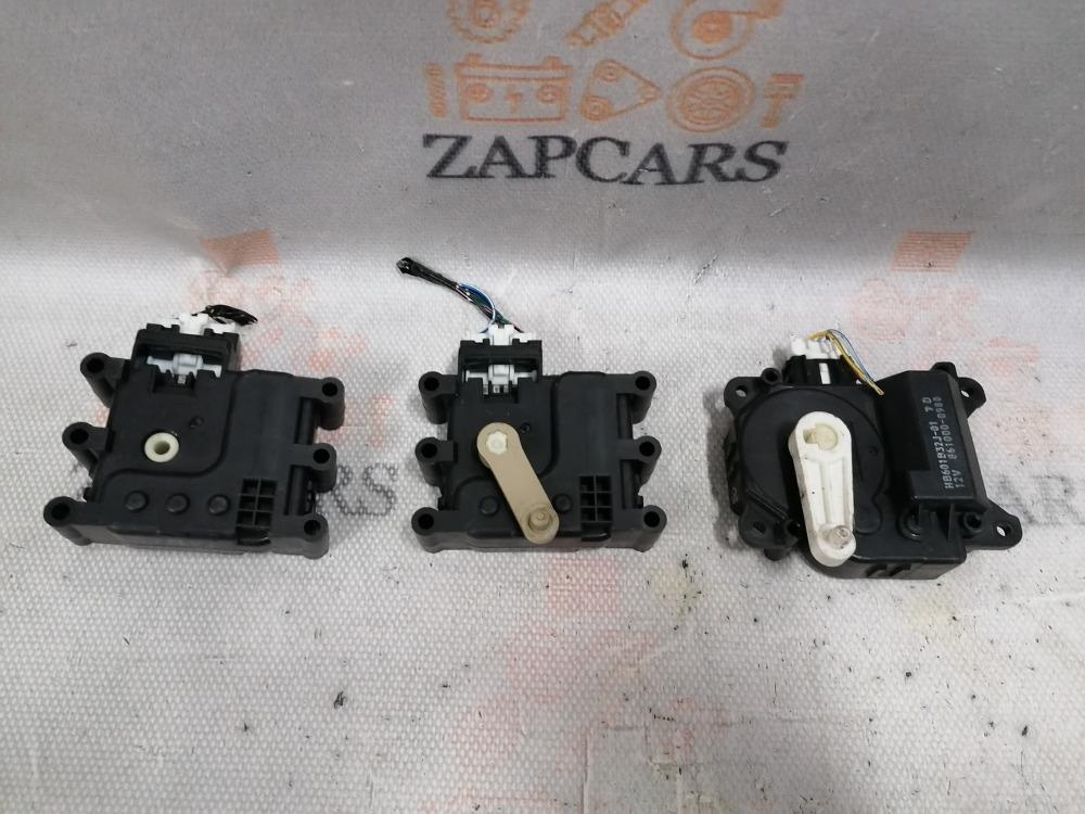 Моторчик заслонки печки Mazda 3 BK (б/у)
