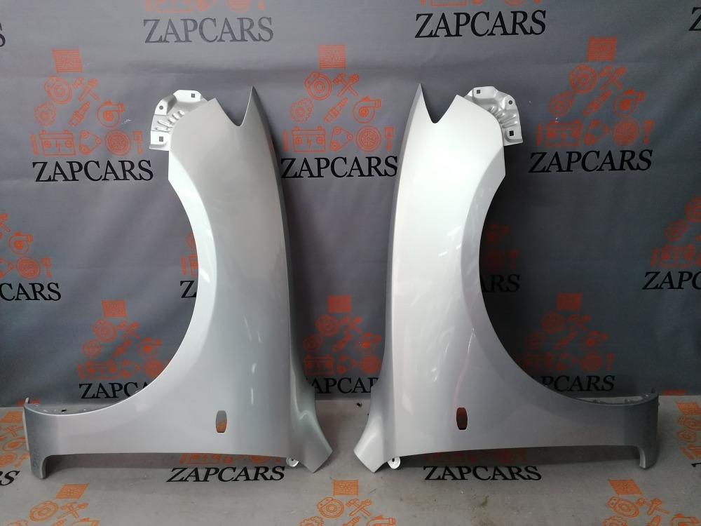Крыло в цвет Mazda BK