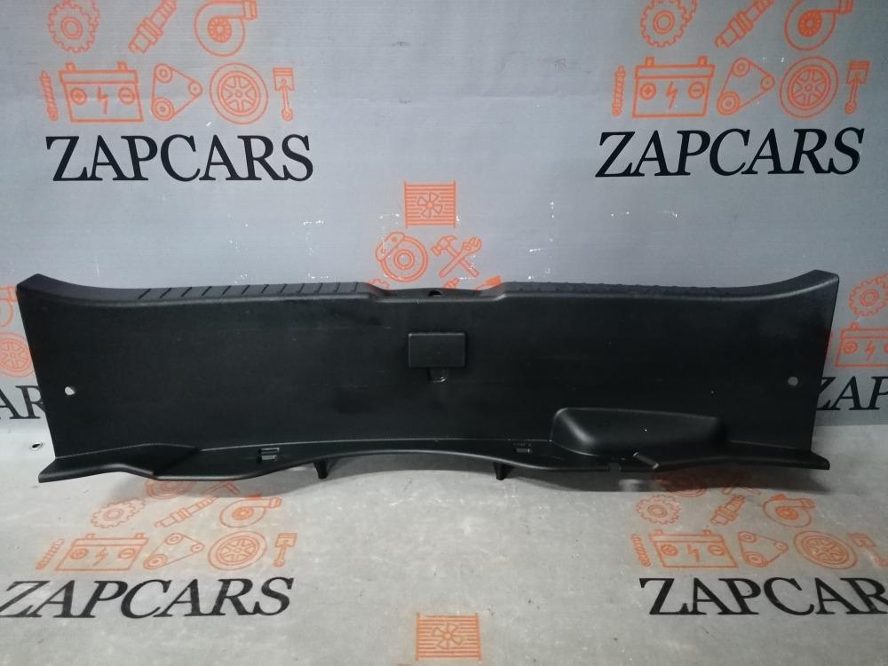 Накладка багажника Mazda 3 BL (б/у)